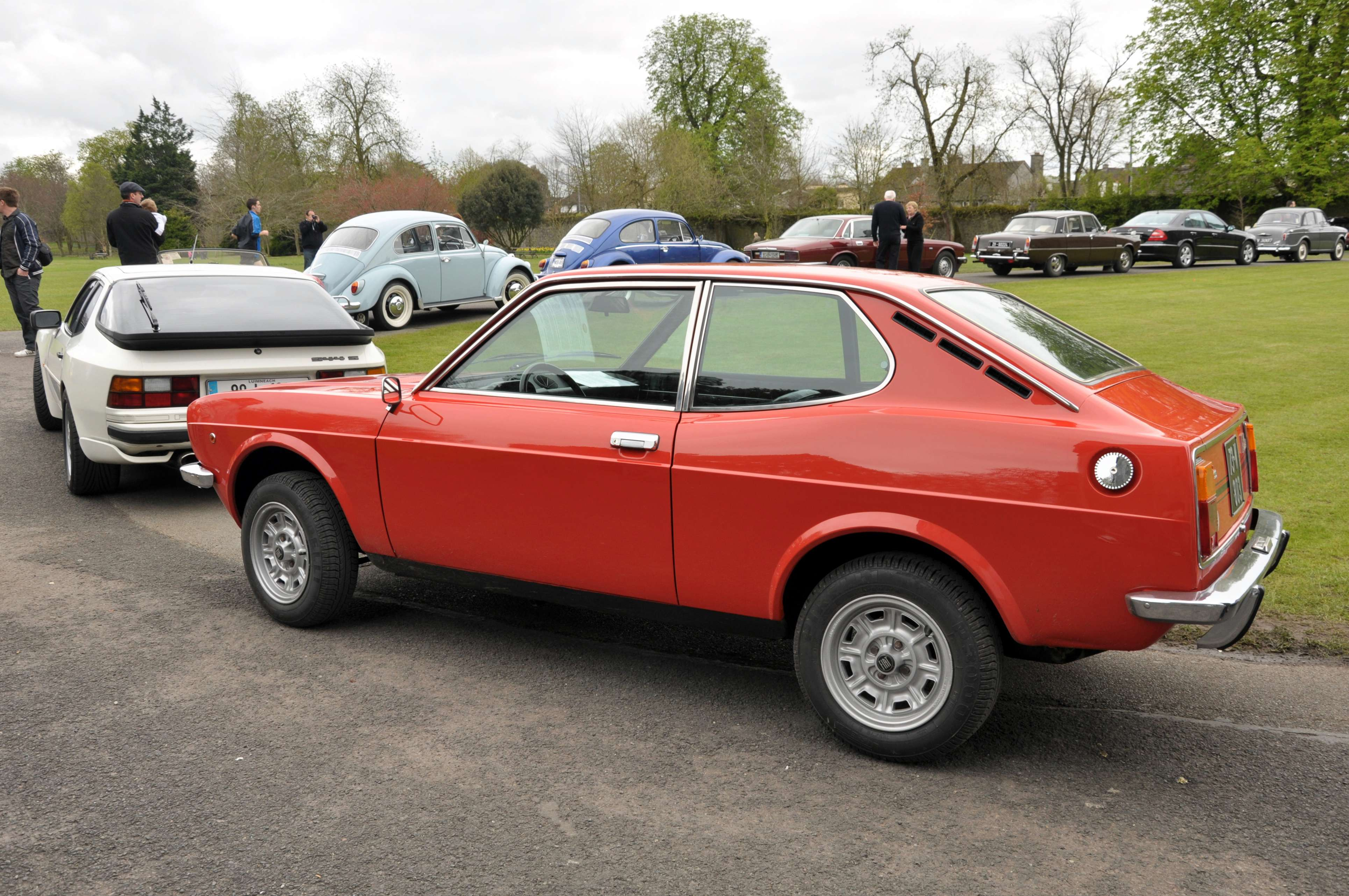 Fiat 128 coupe #8806790