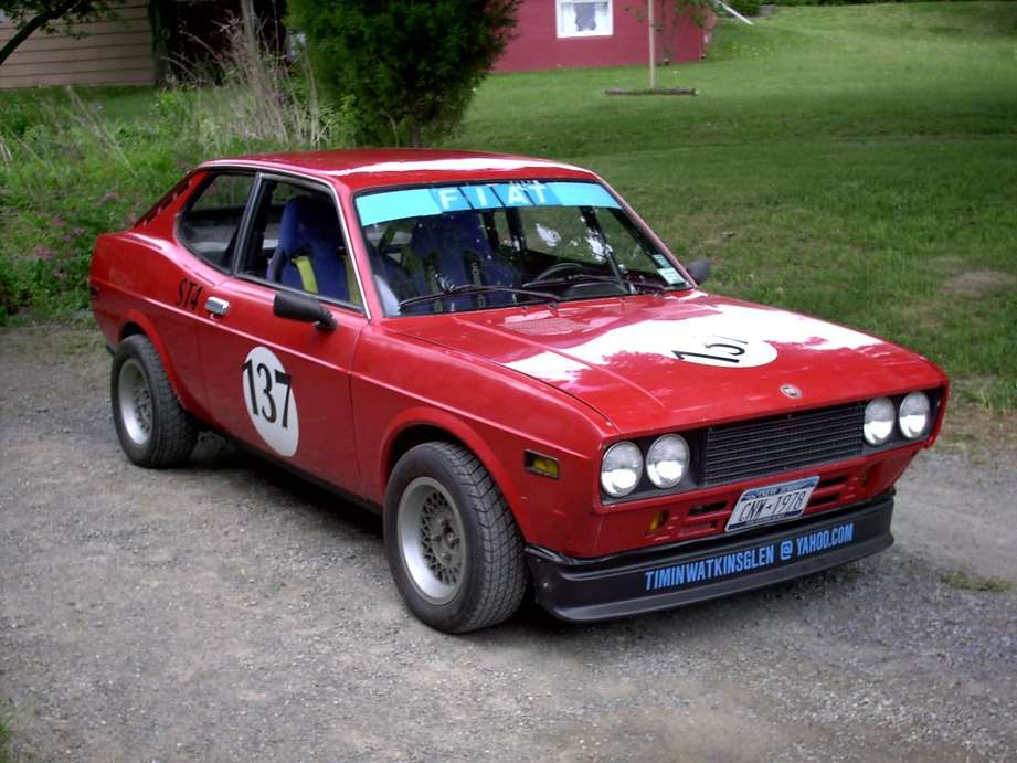 Fiat 128 coupe #9340270