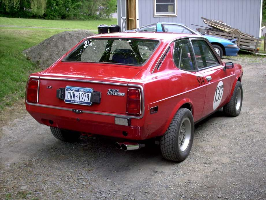 Fiat 128 coupe #8475743