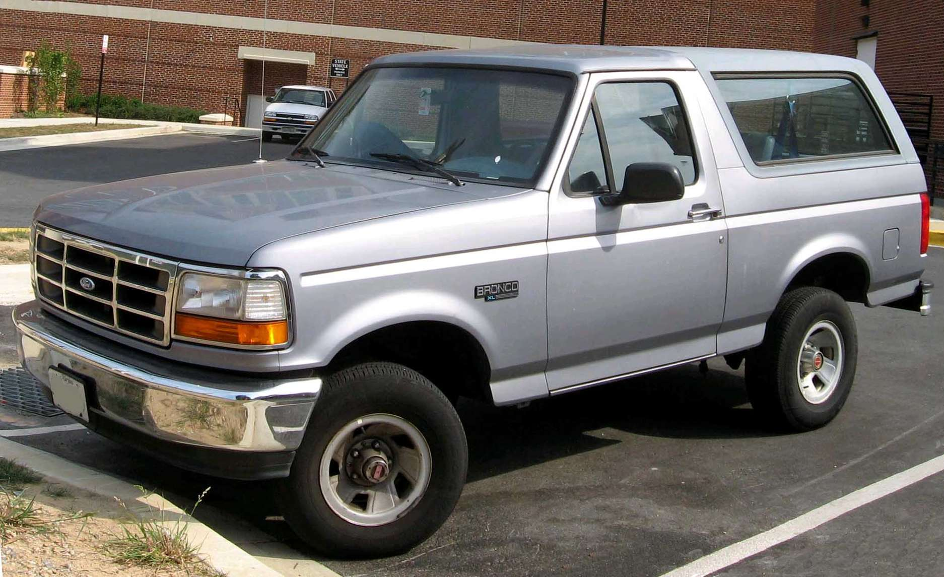 Ford Bronco #9568912
