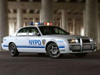 Ford Crown Victoria Police Interceptor #8998284