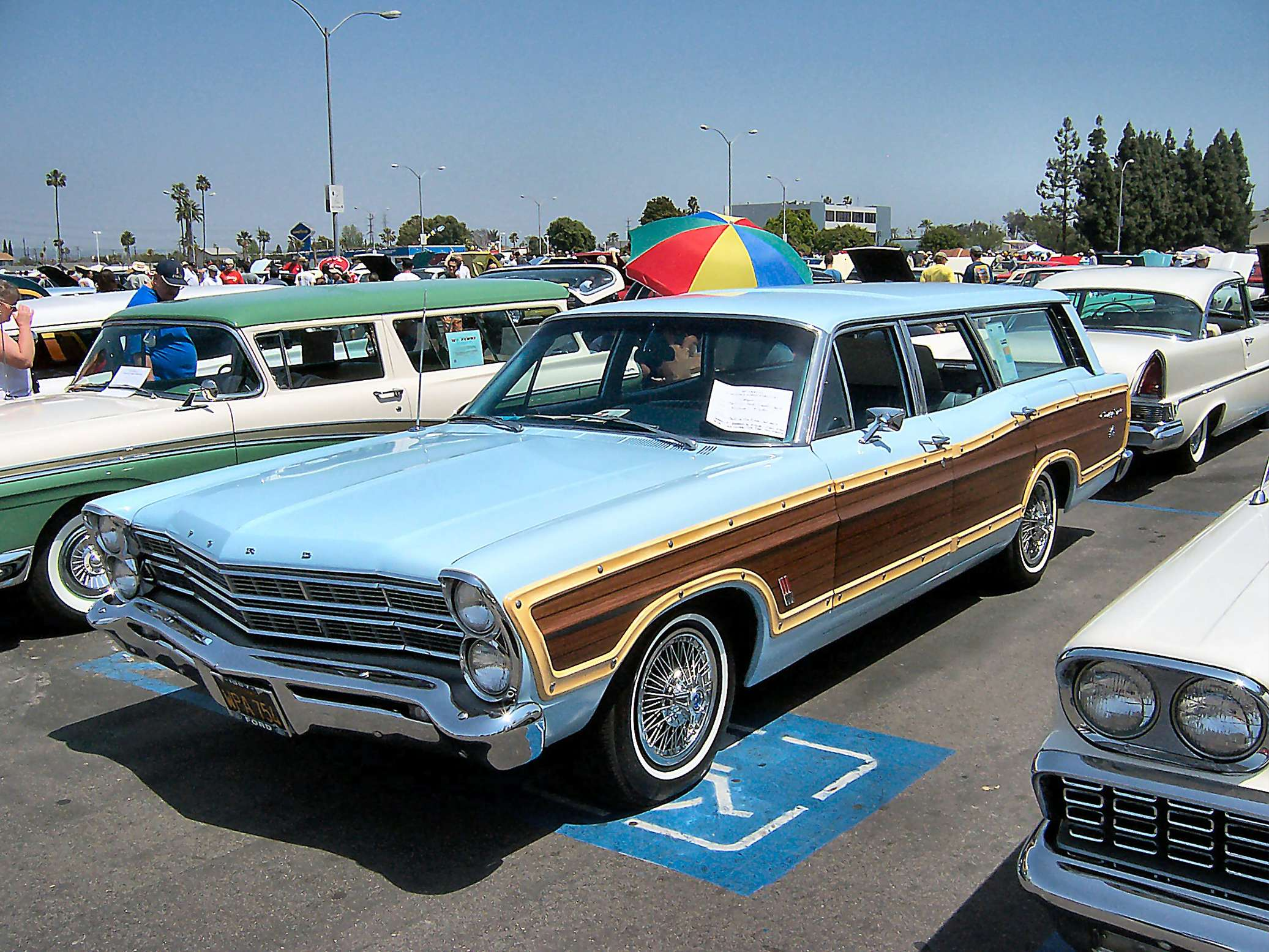 Ford Country Squire #9945265