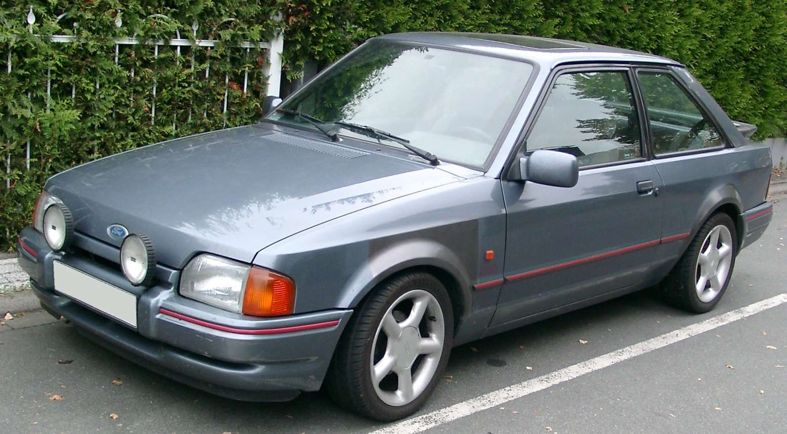 Ford Escort XR3 #7493975