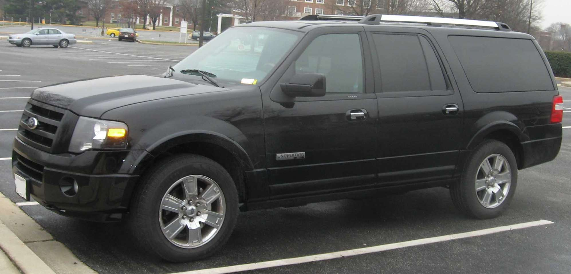Ford Expedition EL #8850630