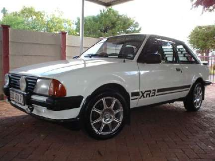 Ford Escort XR3 #7347875