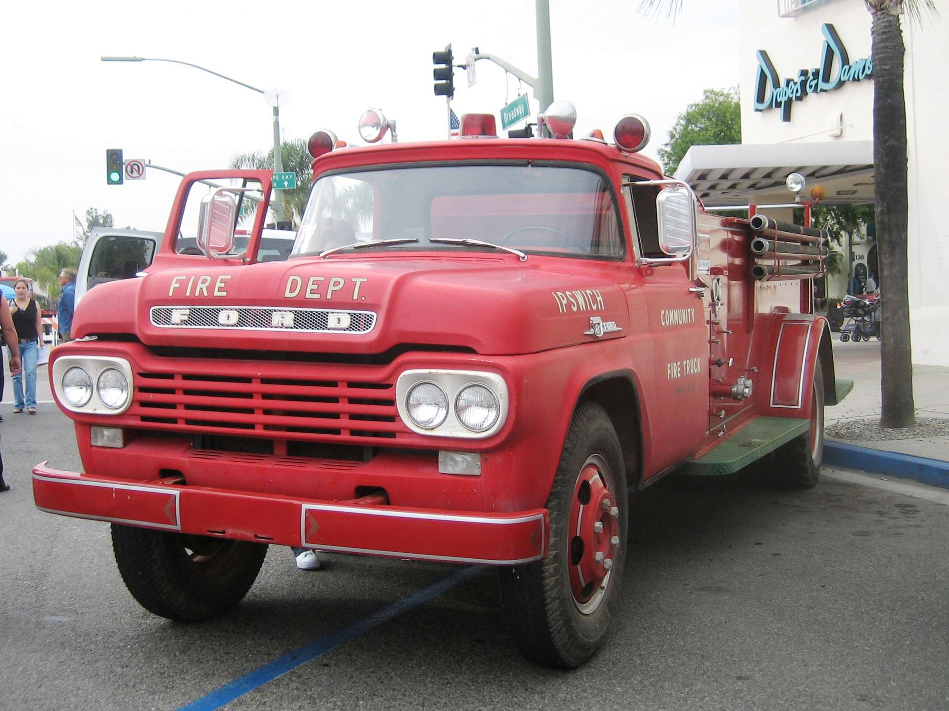Ford F600 #7150152