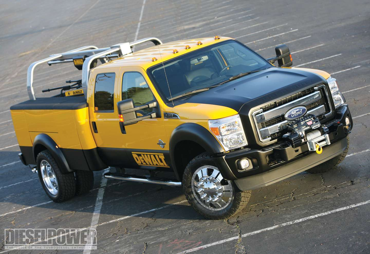 Ford F-350 Super Duty #9712393