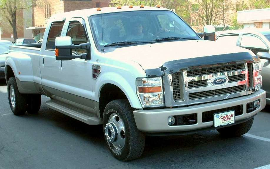 Ford F350 #9233547