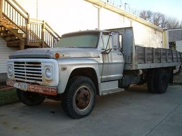 Ford F600 #9576962