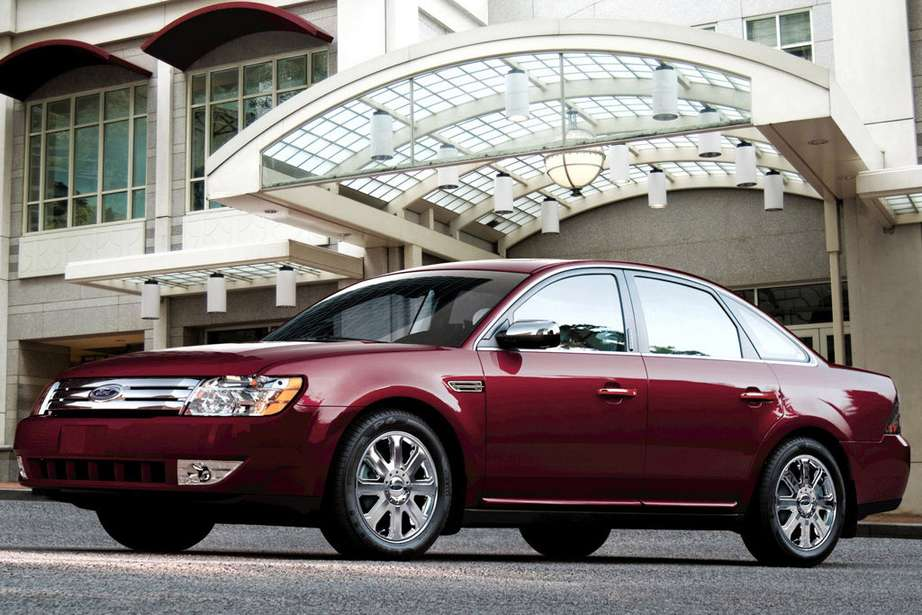 Ford_Five_Hundred