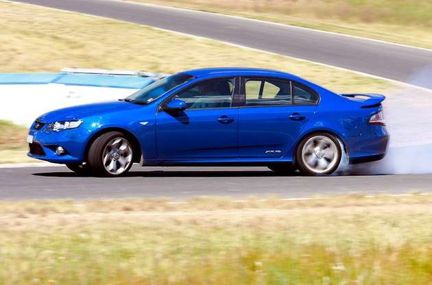 Ford Falcon XR6 #7908239