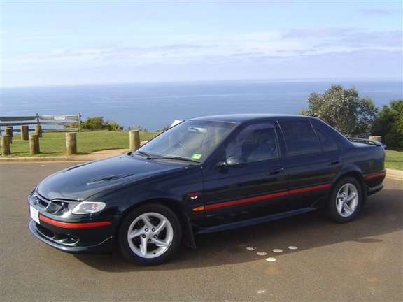 Ford Falcon XR6 #9639958