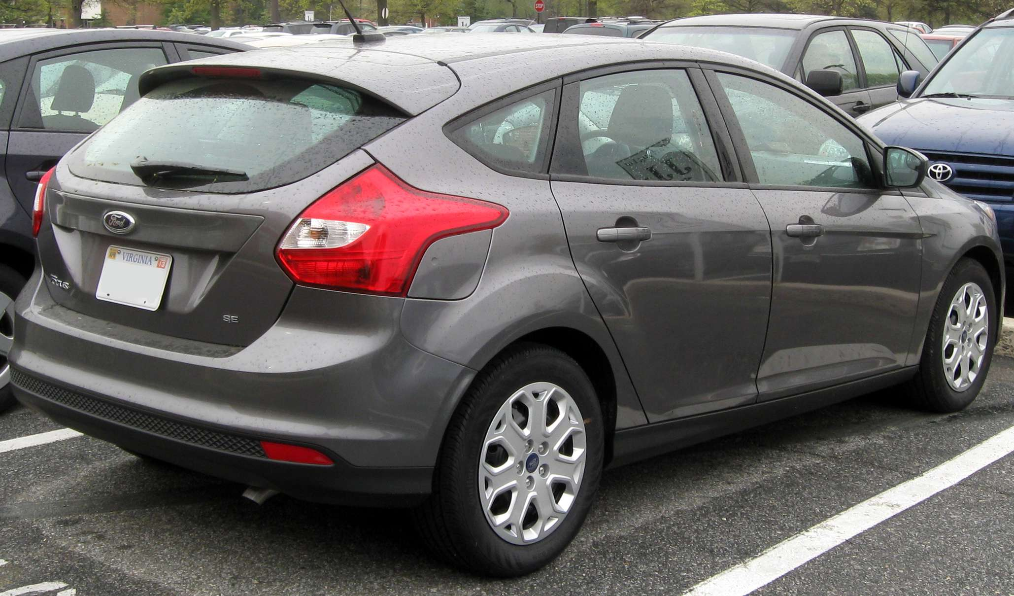 Ford Focus Hatch #7950925
