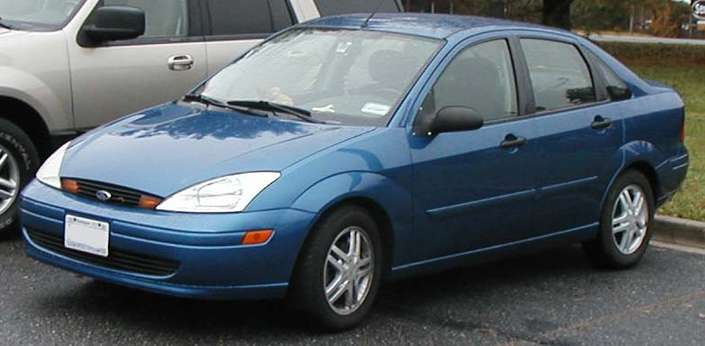 Ford Focus Sedan #7536433