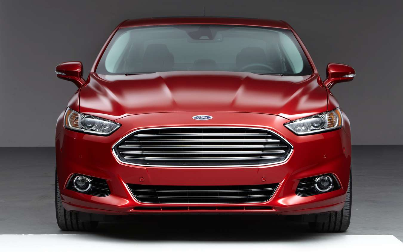 Ford Fusion #8989585