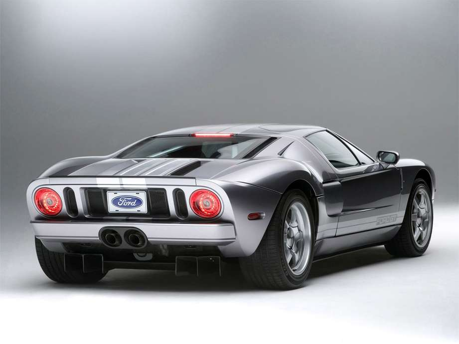 Ford GT #7996888