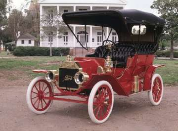 Ford Model T #8395114