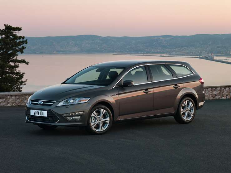 Ford Mondeo SW #7215345