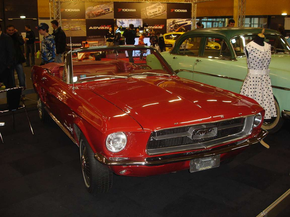 Ford Mustang Cabrio #7005499