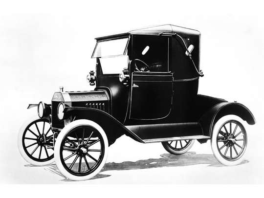 Ford Model T #7807630