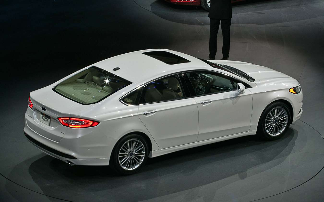 Ford Fusion #7055102