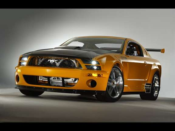 Ford Mustang GT #9201949