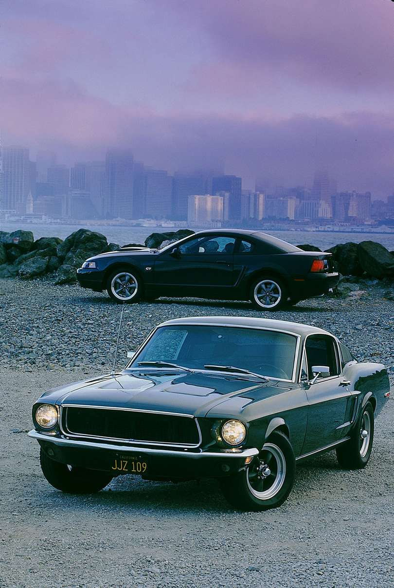 Ford Mustang fastback #8740371