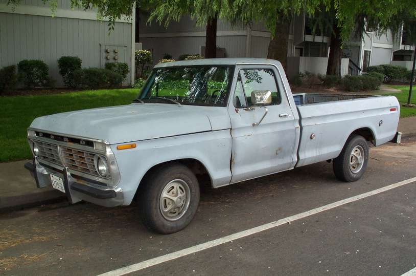 Ford Pick-up #8433659