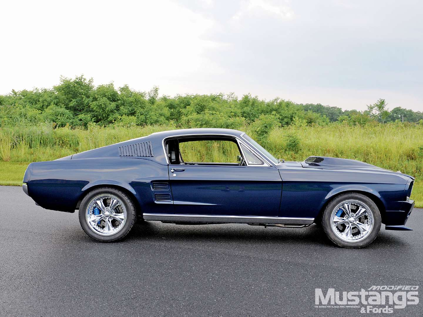 Ford Mustang fastback #7339881