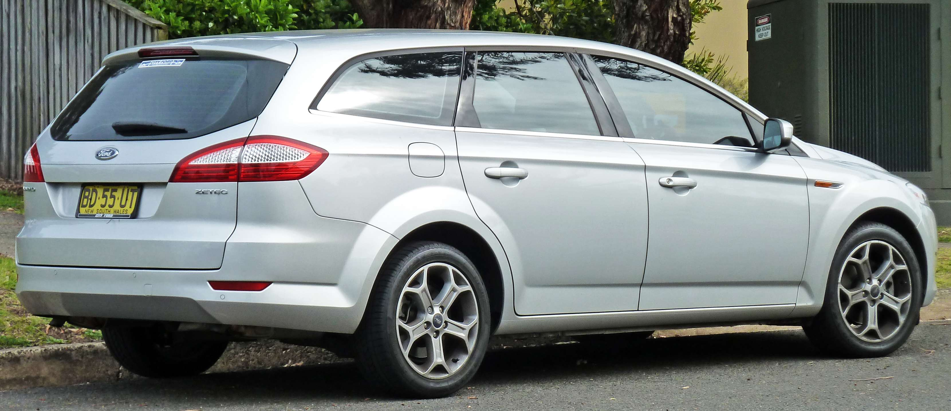 Ford Mondeo Wagon #8607839