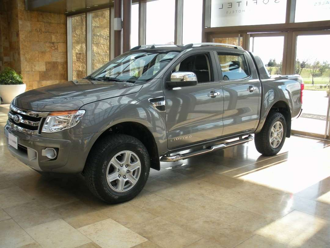 Ford Ranger Limited #7056141