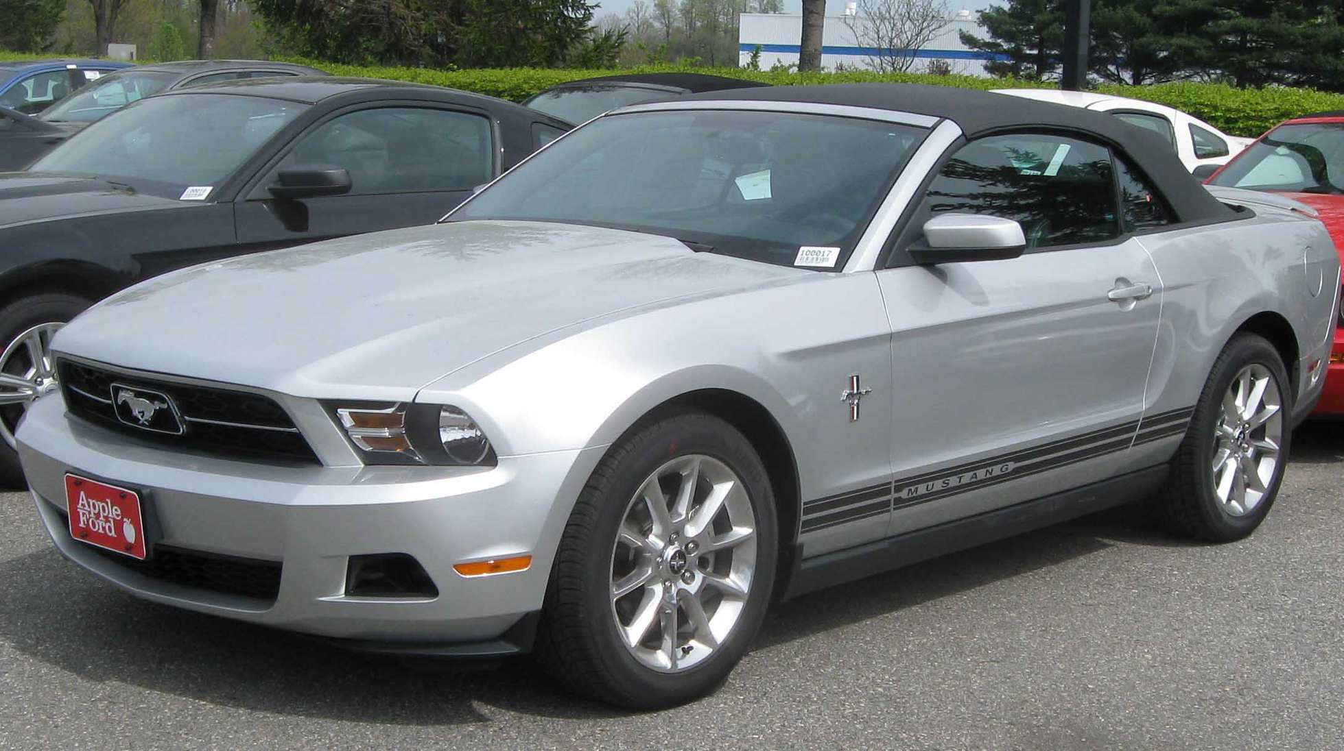 Ford Mustang Cabrio #7453636