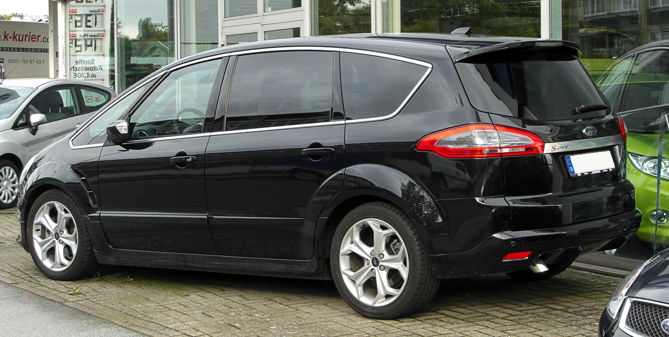 Ford S-Max #7665790