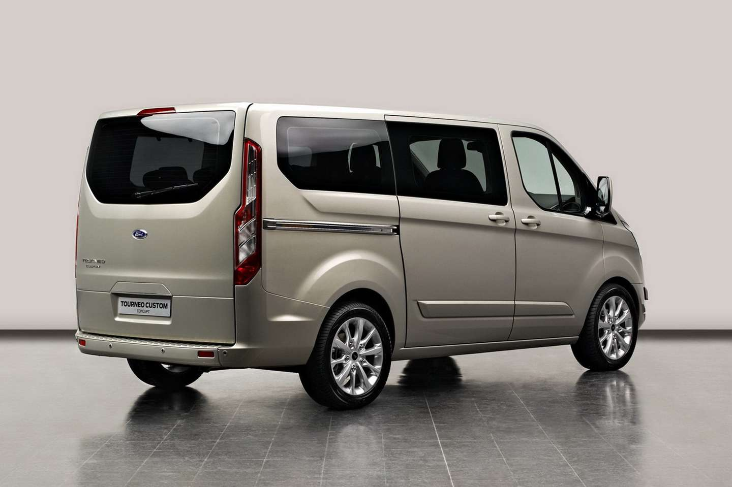 Ford Tourneo #7870350