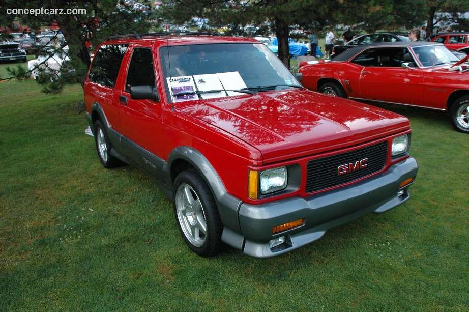 GMC Typhoon #9111012