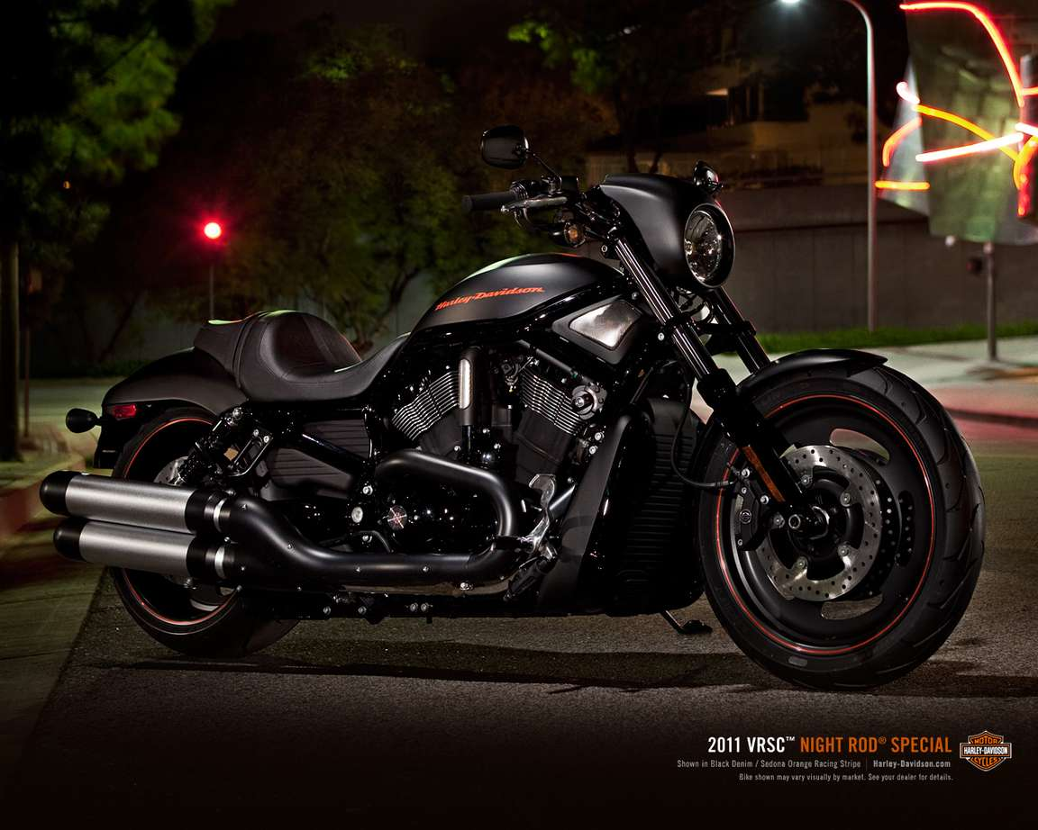 Harley-Davidson Night Rod Special #8946426