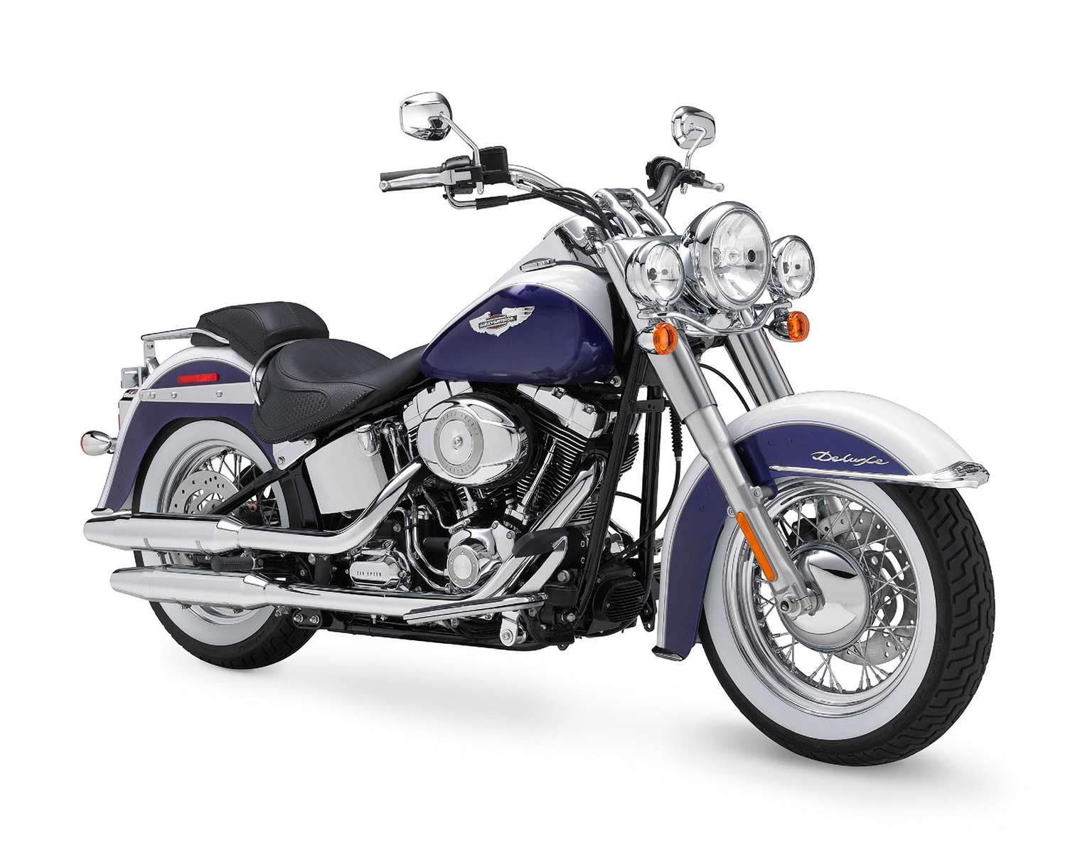 Harley-Davidson Softail Deluxe #7658582