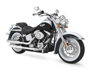 Harley-Davidson Softail Deluxe #9496245