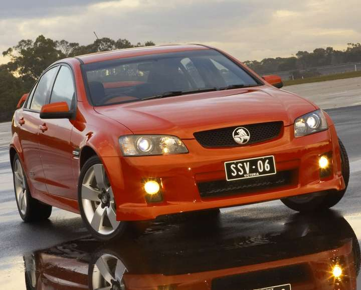 Holden Commodore #9836855