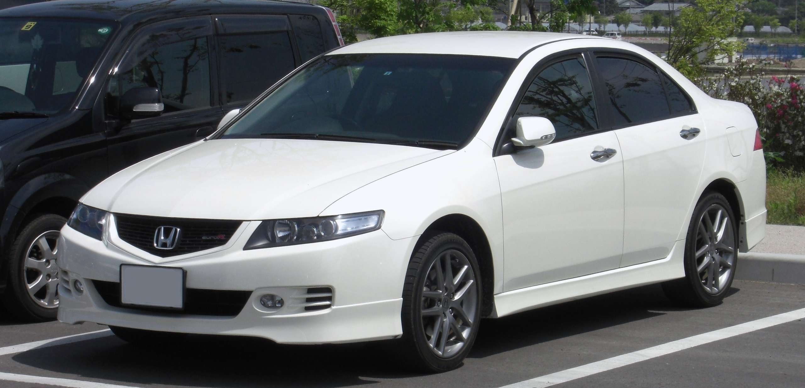 Honda Accord Euro #8704834