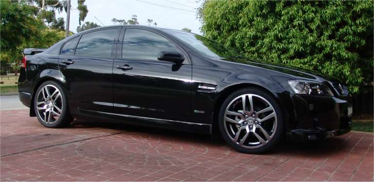 Holden Commodore SV6 #8150448