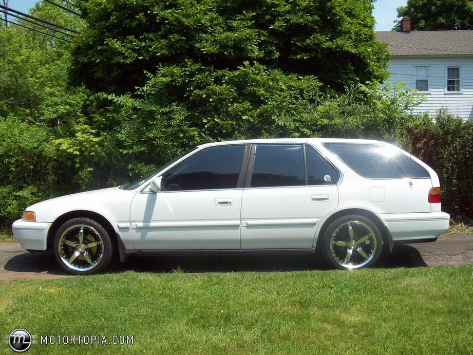 Honda Accord Wagon #9150470
