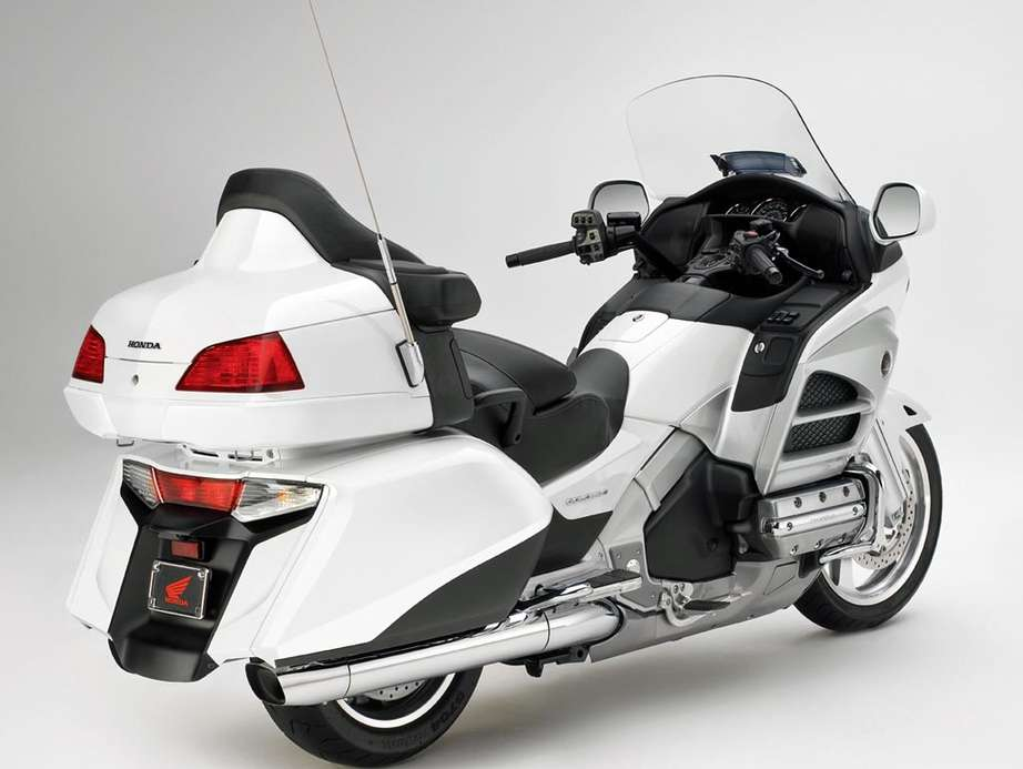 Honda Gold Wing #8288307