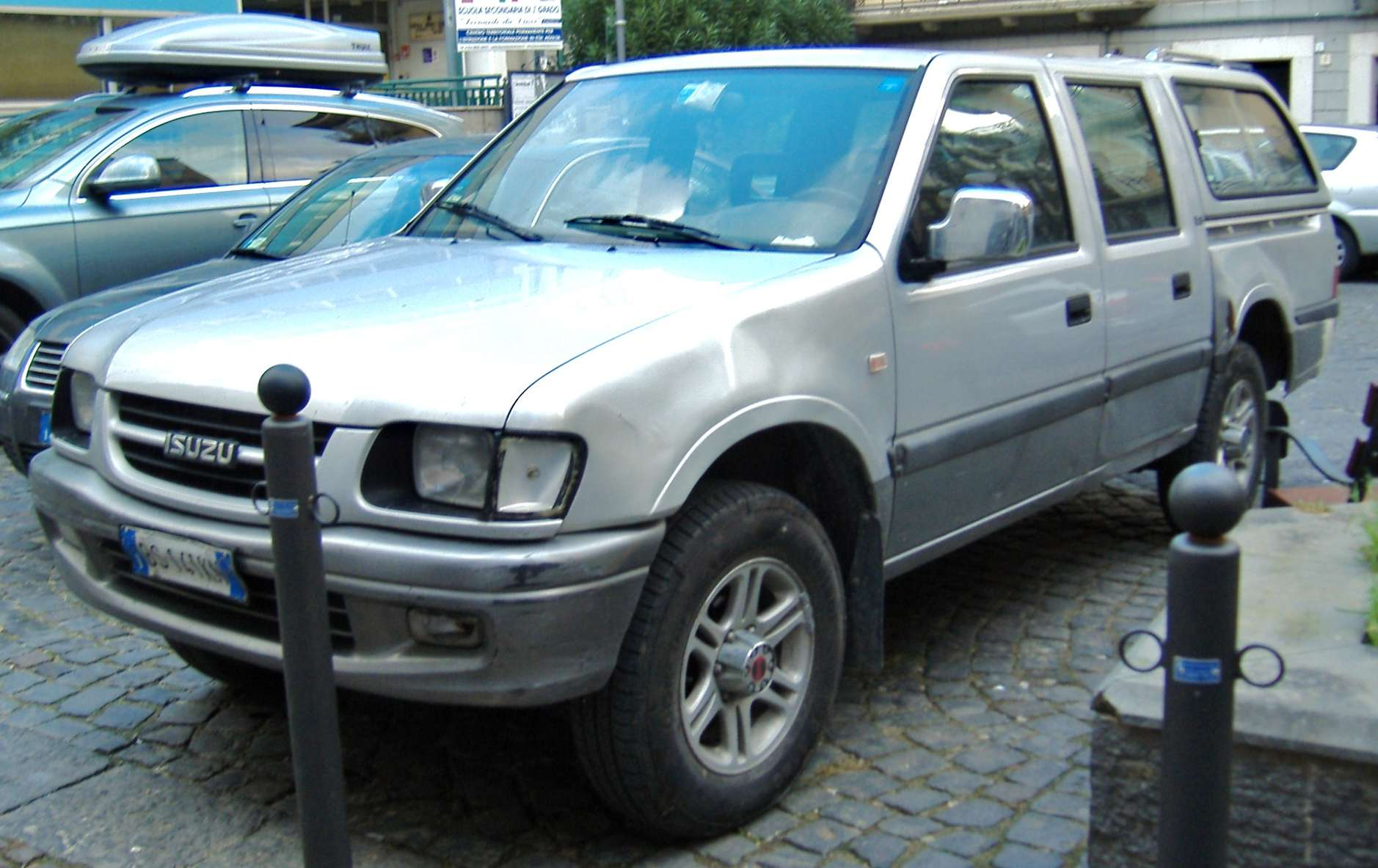 Isuzu Pick-up #9140645