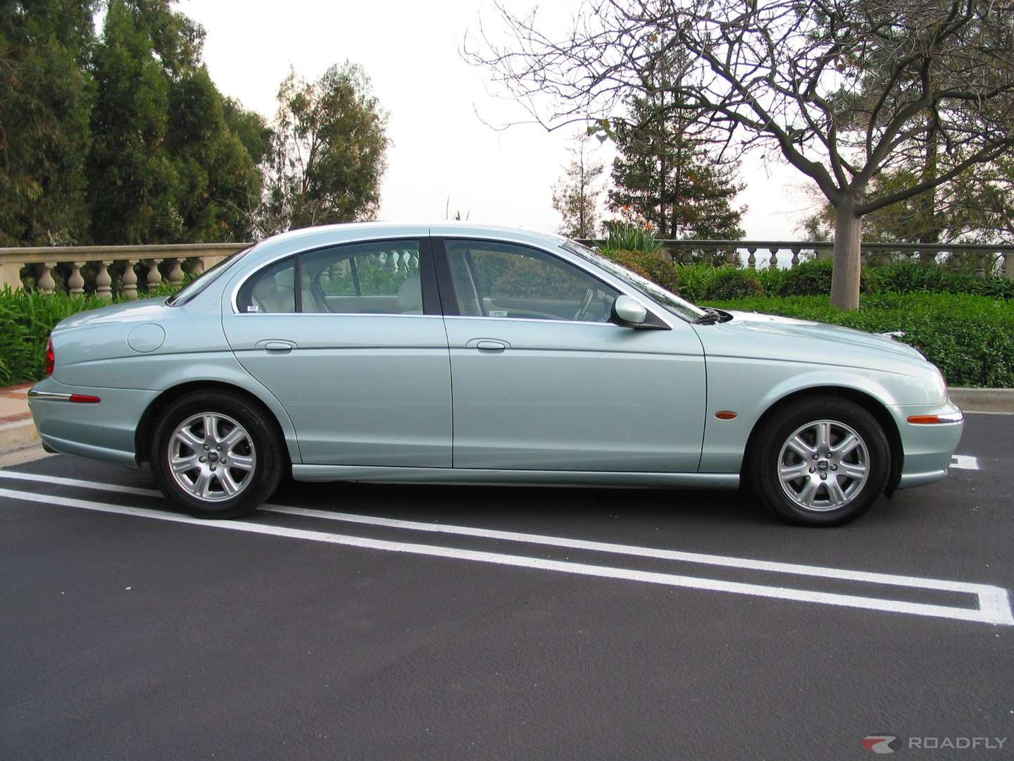 Jaguar S-Type #9956921
