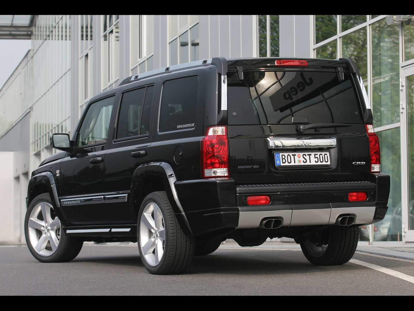 Jeep Commander #9375824