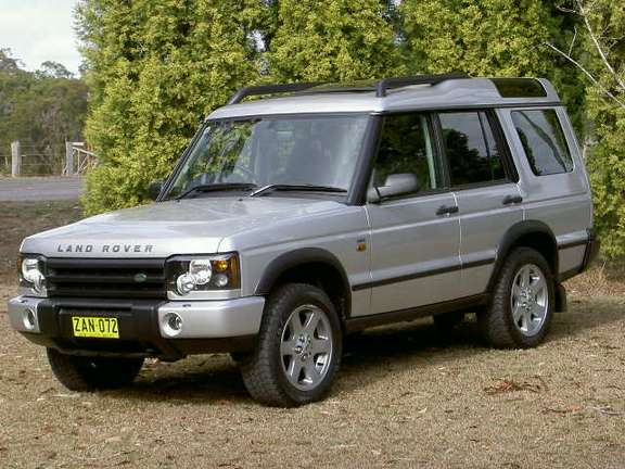 Land-Rover Discovery #8615064