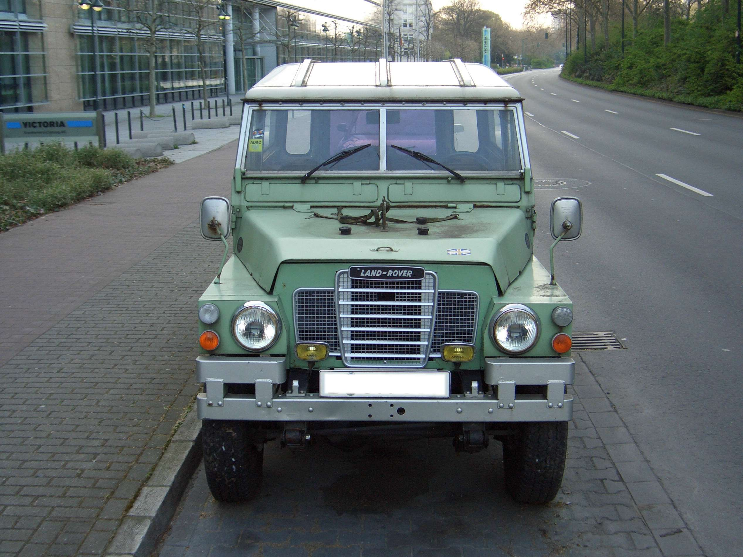 Land Rover Series 3 #8964091