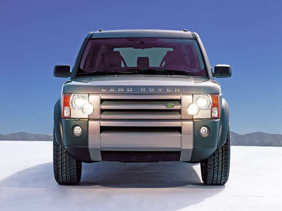Land-Rover Discovery 3 #8621311