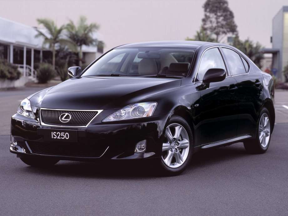Lexus IS250 #8972023